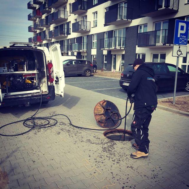 #czyszczeniekanalizacji #zator #poremontowyśmietnik #czyszczeniepoziomów